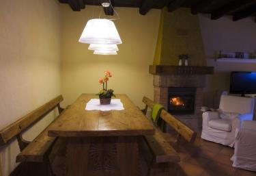 Casa Rural Mendiburu - Osinaga, Navarra