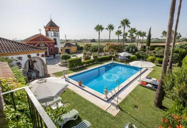 Casa Capitana Chica - Los Palacios Y Villafranca, Sevilla