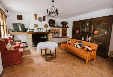 Cortijo Rural Majolero III - Castillo De Locubin, Jaén
