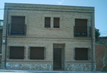 Casa Rural Bodega De Tio Pablo - Pueblo Cazalegas, Toledo