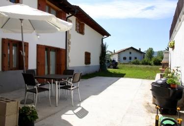 Casa Rural Primorena Txiki - Linzoain/lintzoain, Navarra