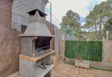 Higueras - Santa Maria De La Alameda, Madrid