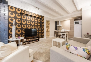 Apartamentos Vino Tinto- Pinot Noir - Adahuesca, Huesca
