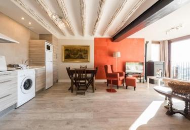 Apartamentos Vino Tinto- Gewurztraminer - Adahuesca, Huesca