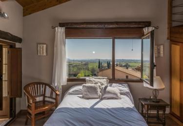 Apartamentos Vino Tinto- Ático Merlot - Adahuesca, Huesca