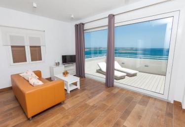 Apartamentos Piza - Colonia De Sant Jordi, Mallorca