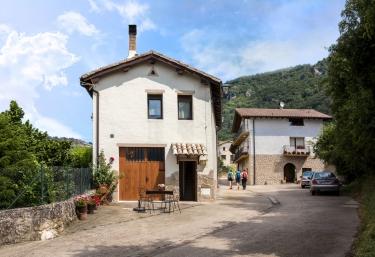 Casa Lizarrosta - Baquedano, Navarra