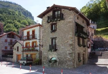 Argonz Etxea - Urzainqui, Navarra