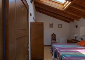 Habitación doble con claraboya
