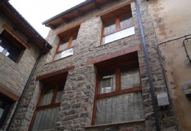Casa Rural Diez Campanas - Villanua, Huesca