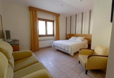 Collados de la Sagra - Habitaciones - Puebla Don Fadrique, Granada