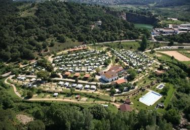 Camping El Pasqualet - Caldes De Montbui, Barcelona