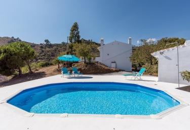 Villa Felicidad - Sayalonga, Málaga