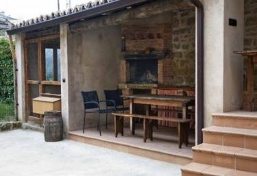 Granja Fusilero - Biscarrues, Huesca