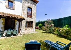 Cómodo y amplio chalet con jardín - Cubas, Cantabria