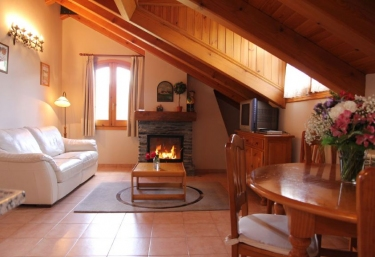Casa Albá- Apartamento Reypetýt - Sahun, Huesca