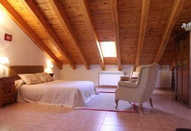 Casa Albá- Apartamento dúplex Chinchipera - Sahun, Huesca