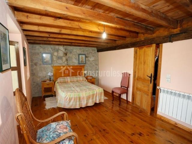 Casa angeluca en panes asturias - Fotos techos de madera ...