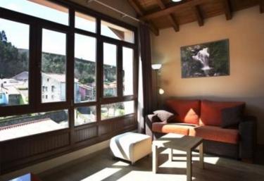 Apartamentos La Playina - Cue, Asturias