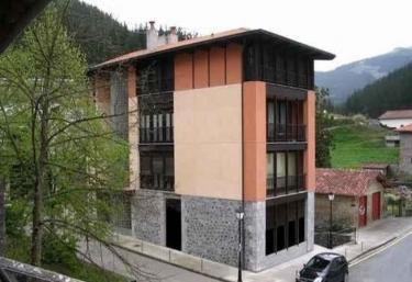 Pensión Txomin Ostatua - Etxebarria, Vizcaya