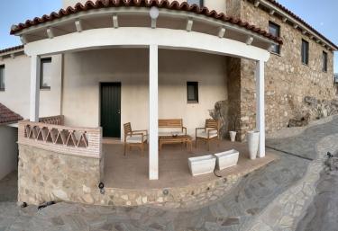 Albireo - Entre Encinas y Estrellas - Fregenal De La Sierra, Badajoz