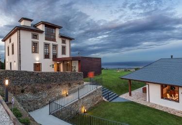 Hotel 3 Cabos - El Vallin, Asturias