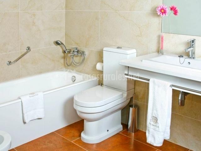 Junior Suite con aseo y bañera