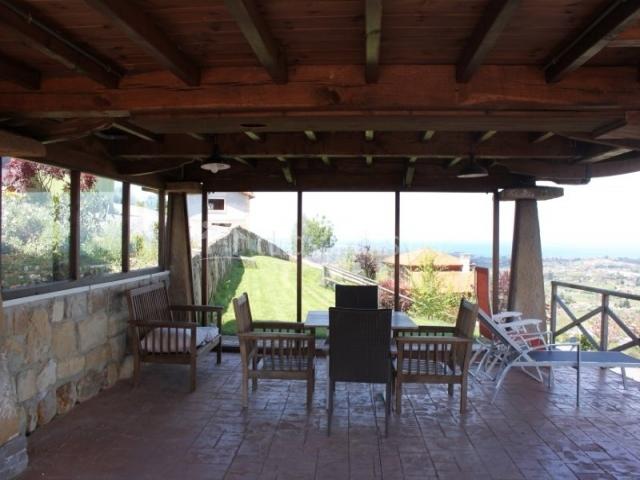 Otro porche, más grande con las mejores vistas