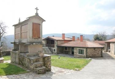 Casa do Cura - Beigondo, A Coruña