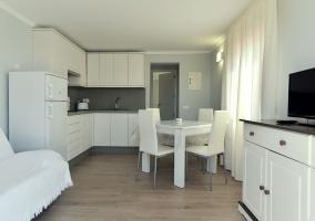 Apartamentos Turísticos Sol i Pins