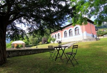 Apartamentos Les Escueles de Collía - Collia, Asturias