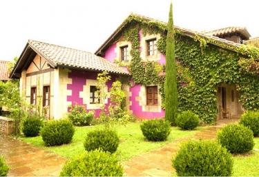Casa rural Los Artistas - Oreña, Cantabria