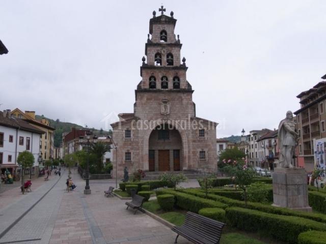 Plaza del mercado de Cangas de Onís