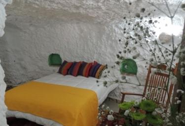 Balcones de Piedad- Casa del Almendro - Guadix, Granada