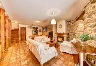 Casa Cuesta del Reloj - Piedralaves, Ávila