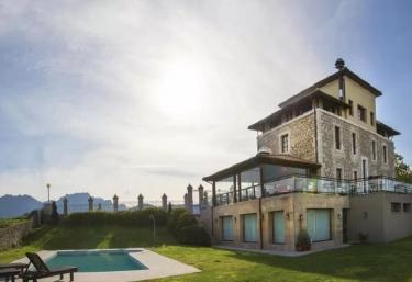 Hotel Villadesella - Sebreño, Asturias