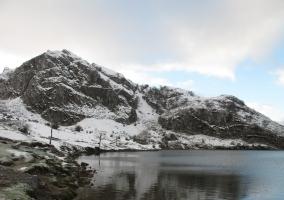 Nevados picos del entorno