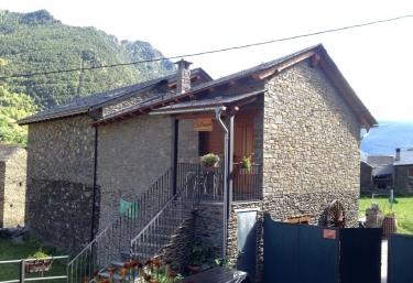 Apartamento La Perxada - Areu, Lleida