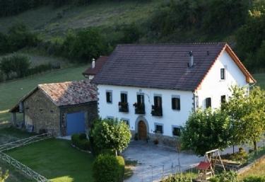 Casa rural Jauregui I - Ibilcieta, Navarra