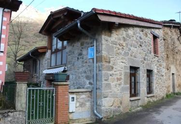 La Casina de Tina - Mier, Asturias