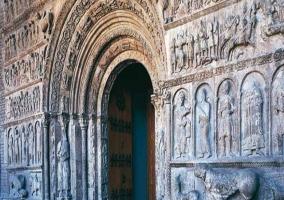 Puerta del Monasterio