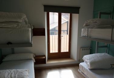 Albergue La Tormenta - Fresno De Cantespino, Segovia