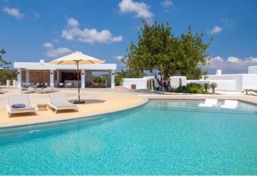 Can Toni Xumeu - Platja De Cala Llonga, Ibiza