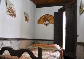 Habitación individual con ventana