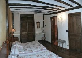 Dormitorio con baño propio