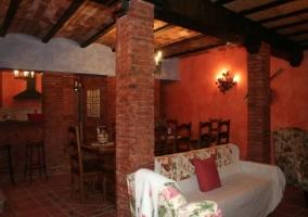 Salón con comedor y cocina