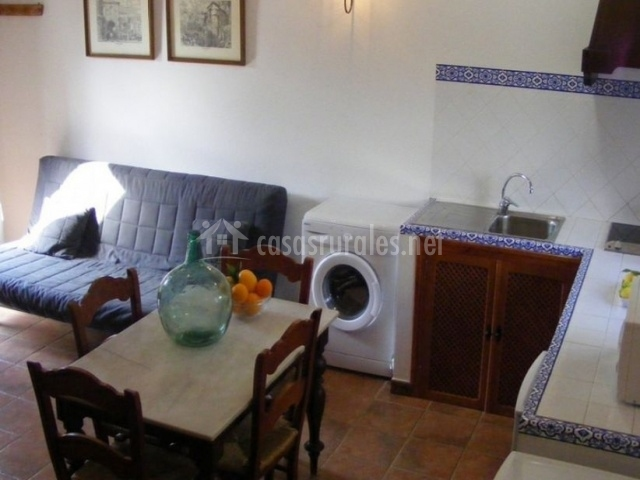 Casa rural san antonio en cabra c rdoba - Salon comedor cocina mismo espacio ...