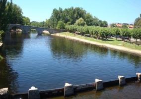 Baños en el río Alberche, en Navaluenga