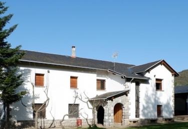 Escuelas Pías Emaus - Castiello De Jaca, Huesca
