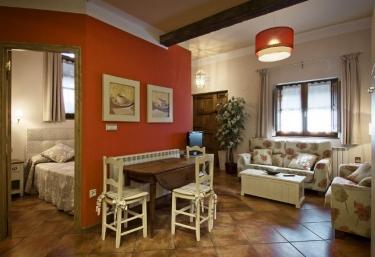 Casa Rural Marín- Apartamento - Hecho, Huesca